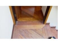 quanto custa raspagem e aplicação de bona em piso de madeira na Vila Nogueira
