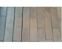 restauração de piso de madeira no Morro Grande